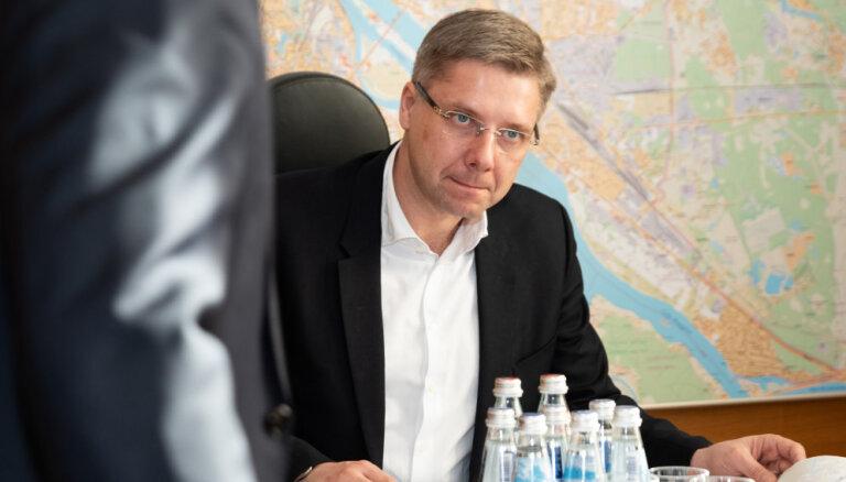 Ušakovs līdz šim nav pārsūdzējis Pūces rīkojumu par viņa atstādināšanu