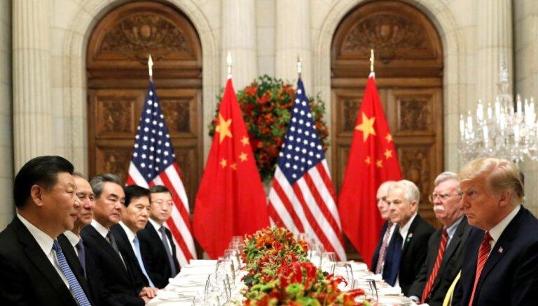 Tramps paredz ASV uzvaru tirdzniecības konfliktā ar Ķīnu