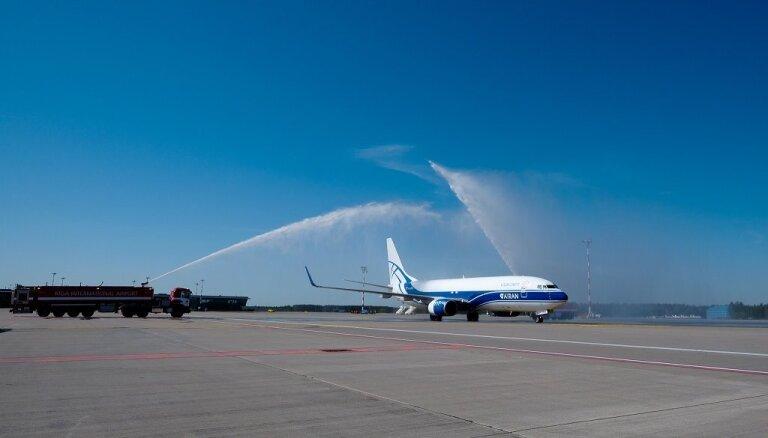 Krievijas aviosabiedrība uzsākusi tiešos regulāros kravas reisus no Ķīnas uz Latviju
