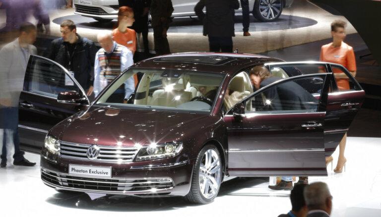 Мэр Юрмалы приехал на интервью на автомобиле думы за 75 000 евро