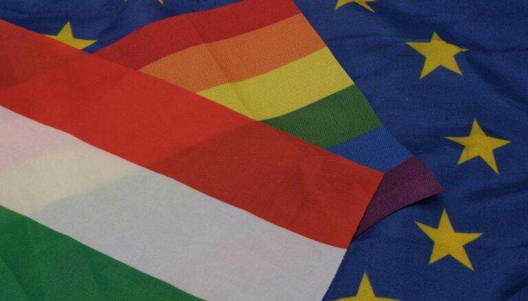 Тысячи людей в Будапеште и Берлине выступили за права ЛГБТ