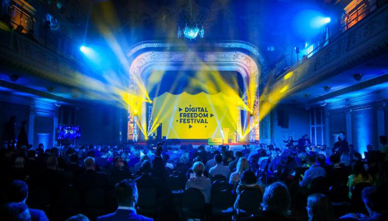 Каким будет наше цифровое будущее: DELFI на Digital Freedom Festival
