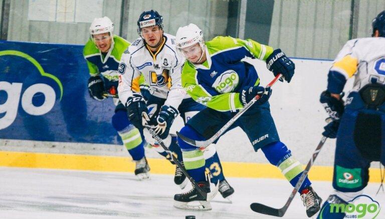 'Mogo' hokejisti OHL grandu cīņu apspēlē 'Kurbadu'