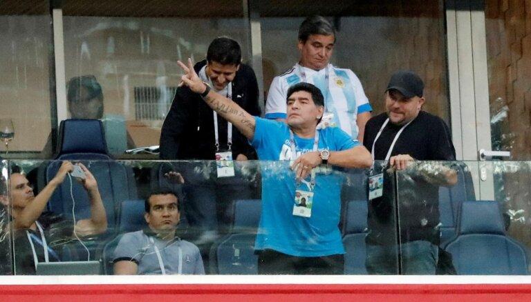 Марадоне стало плохо после победы аргентинцев в матче чемпионата мира