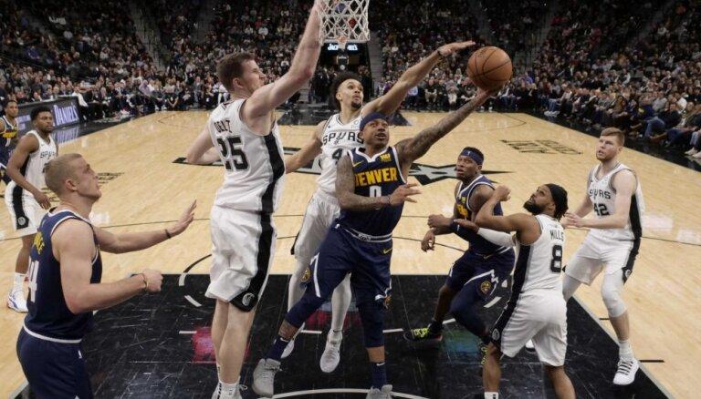 Bertāna pārstāvētā 'Spurs' nosargā uzvaru pār spēcīgo 'Nuggets'