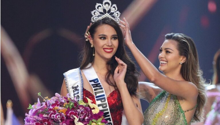 """ФОТО: Новой """"Мисс Вселенная"""" стала представительница Филиппин"""