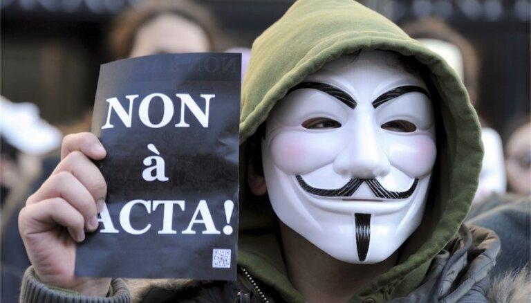 Trīs Eiroparlamenta komitejas noraida pretpirātisma līgumu ACTA