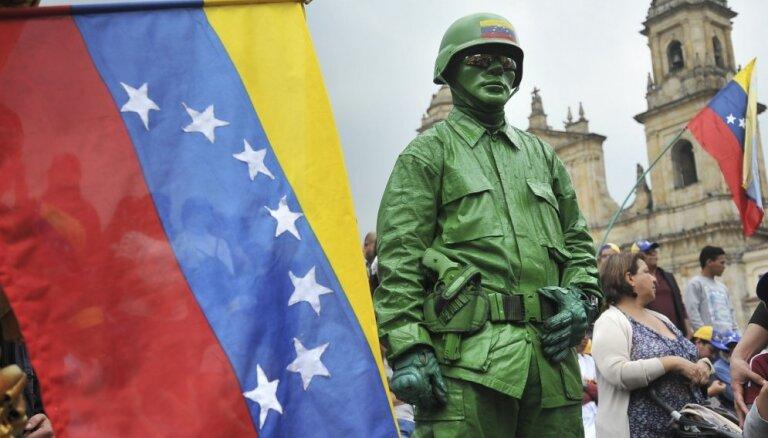 Venecuēlas Gaisa spēku ģenerālis pāriet opozīcijas pusē