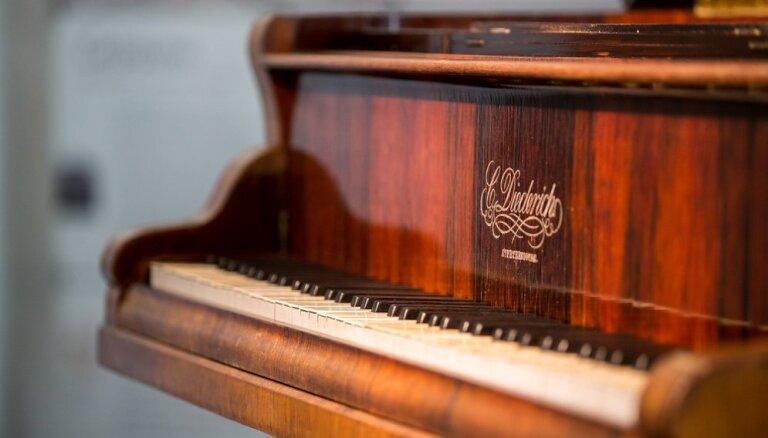 Instruments, pie kura tapa Latvijas himna. Stāsts par valsts pirmo flīģeli