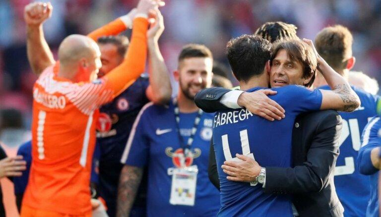 'Chelsea' FA kausa finālā uzveic Mančestras 'United'