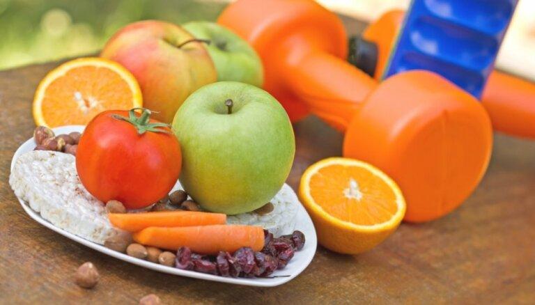 Slavenā pavāra Džeimija Olivera desmit ieteikumi veselīgākai dzīvei