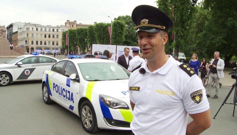 Valsts policija prezentē jaunā dizaina patruļauto