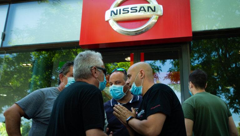 'Nissan' cieš pamatīgus zaudējumus; slēgs rūpnīcas Barselonā un Indonēzijā