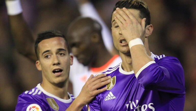 """ВИДЕО: """"Валенсия"""" выдала суперматч, """"Реал"""" не спас даже гол Роналду"""