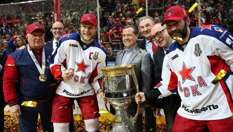 ЦСКА выиграл Кубок Гагарина и освободил Боба Хартли для сборной Латвии