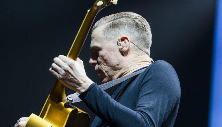 ФОТО: Брайан Адамс отметил 30-летие альбома Reckless в Arēna Rīga