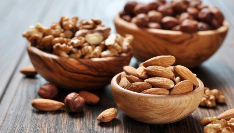 Ученые: регулярное употребление орехов поможет избежать ожирения