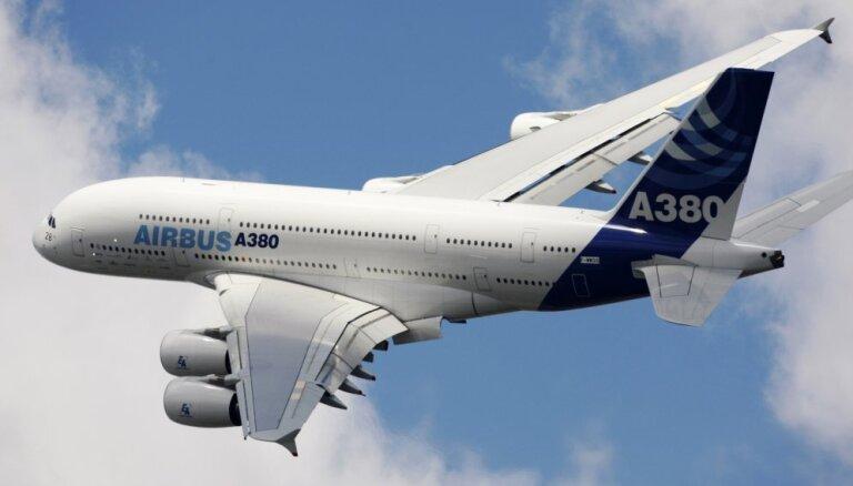 ASV atļauj 'Airbus' un 'Boeing' pārdot lidmašīnas Irānai