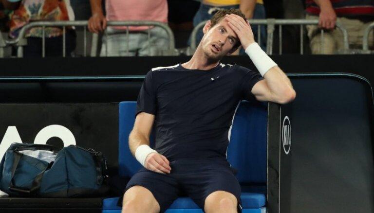 Marejs sparīgi cīnās, taču izstājas no 'Australian Open' un, iespējams, beidz karjeru