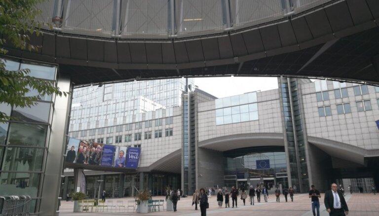 Nepārvēlētie deputāti varēs saņemt 8757,70 eiro pabalstu par katru EP nostrādāto gadu