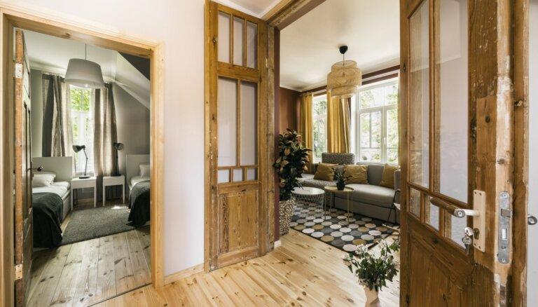 Ar apartamentiem un stāstiem par Raini: Jūrmalā atjaunots vēsturisks ēku komplekss