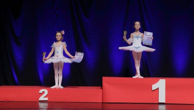 Rīgas deju olimpiāde 2019: 100 jaunu balerīnu no visas pasaules un lidojošais dejotājs