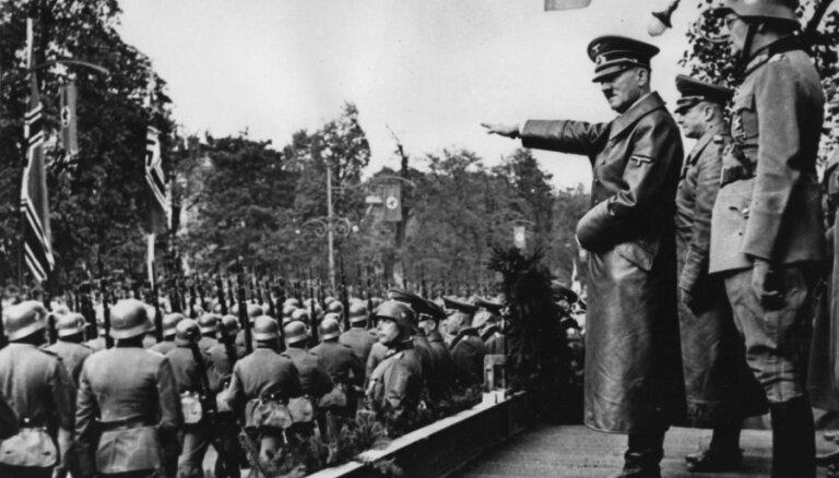 СМИ: Рассекреченные документы ЦРУ ставят под сомнение самоубийство Гитлера