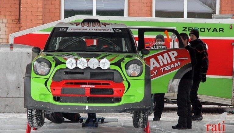 Alūksnes rallija uzvarētājs Gorbans ar savu 'MINI WRC' startēs arī Talsos