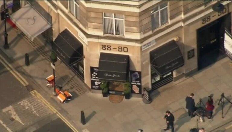 Saistībā ar vērienīgo zādzību Londonā aizturēti septiņi cilvēki, tostarp pensionāri