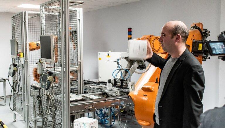 Kā kļūt par robotikas speciālistu?