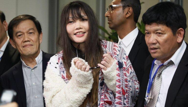 Atbrīvota Ziemeļkorejas līdera pusbrāļa slepkavības lietā apsūdzētā vjetnamiete