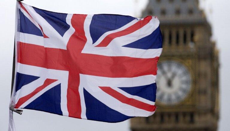 """Ученый: даже после Brexit для британских латвийцев возвращение в Латвию станет лишь """"планом С"""""""