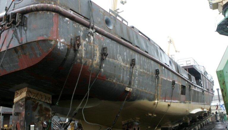 'Rīgas kuģu būvētavā' darbu padomē atstājuši Andrējeva un Baumanis