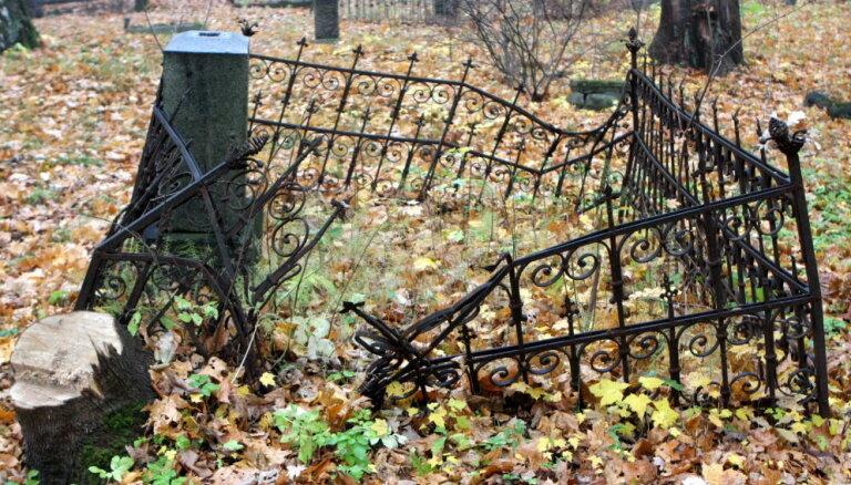 """В исследовании Lursoft названы самые большие """"кладбища"""" латвийских фирм"""