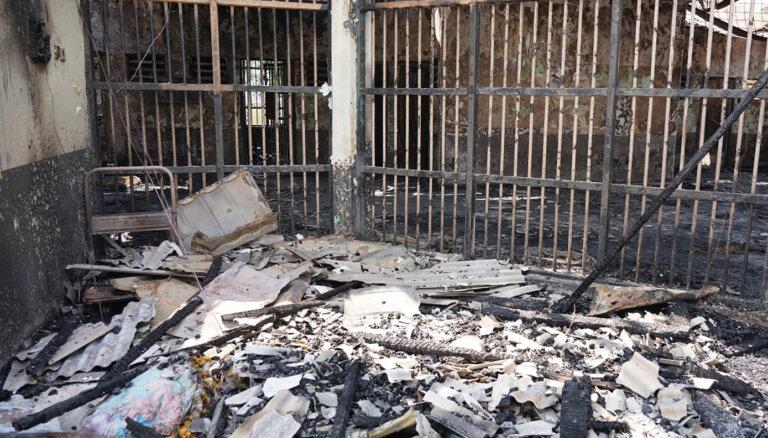 Ugunsgrēkā Indonēzijas cietumā dzīvību zaudējis 41 cilvēks
