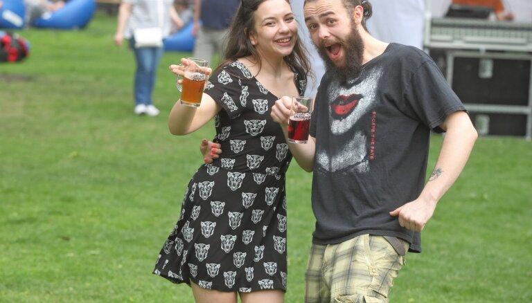 ФОТО: В Верманском парке открылся ежегодный Latviabeerfest 2019