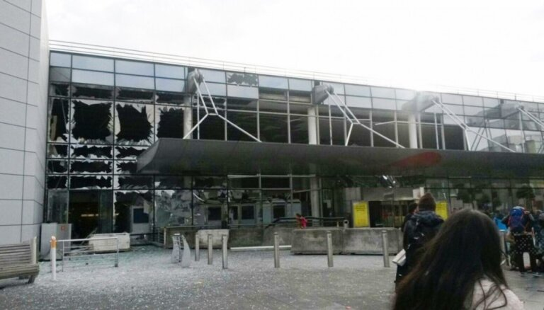 Пострадавший от теракта аэропорт Брюсселя частично возобновит работу