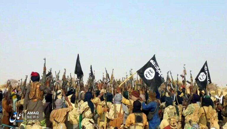 Trīs pašnāvnieku-spridzinātāju uzbrukumos Nigērijā vismaz 30 bojāgājušie