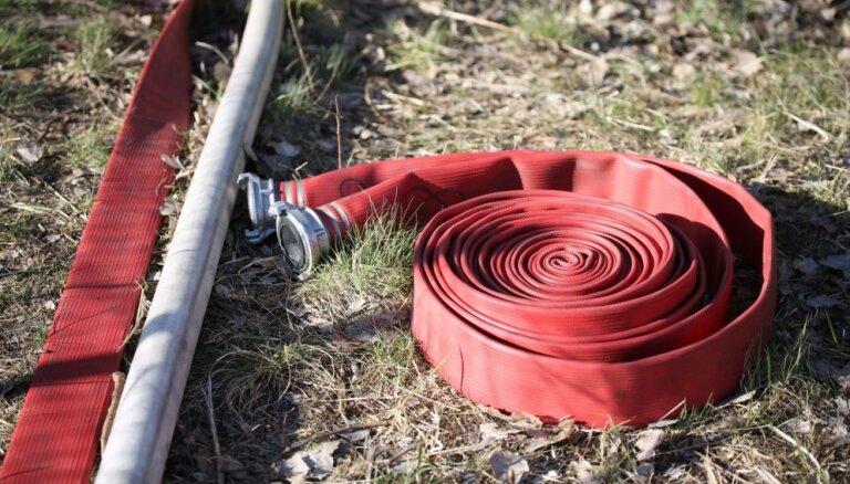 В центре Риги потушили пожар повышенной опасности