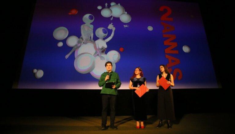 Foto: Atklāts Starptautiskais īsfilmu festivāls '2Annas'