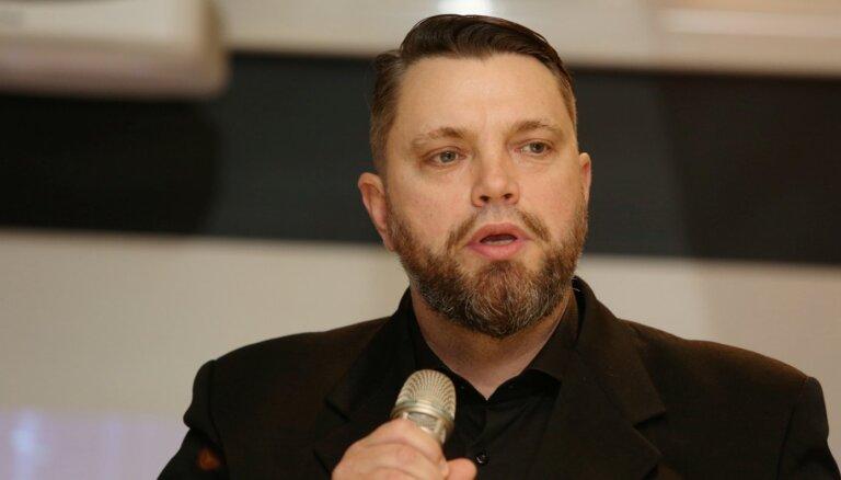 BVKB neatjauno apturēto sertifikātu 'Z-torņu' ekspertīzes autoram Dzirkalim