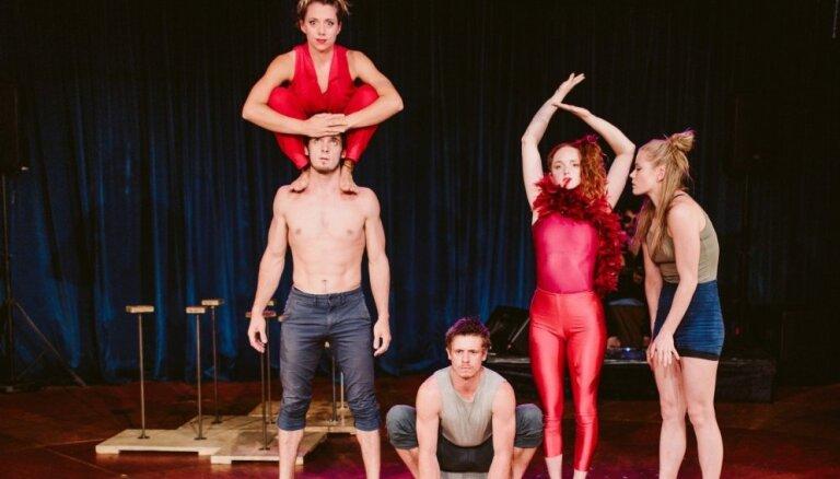 Dzīvnieciski cilvēciskais. Saruna ar akrobāti Rianonu Keivu-Volkeri