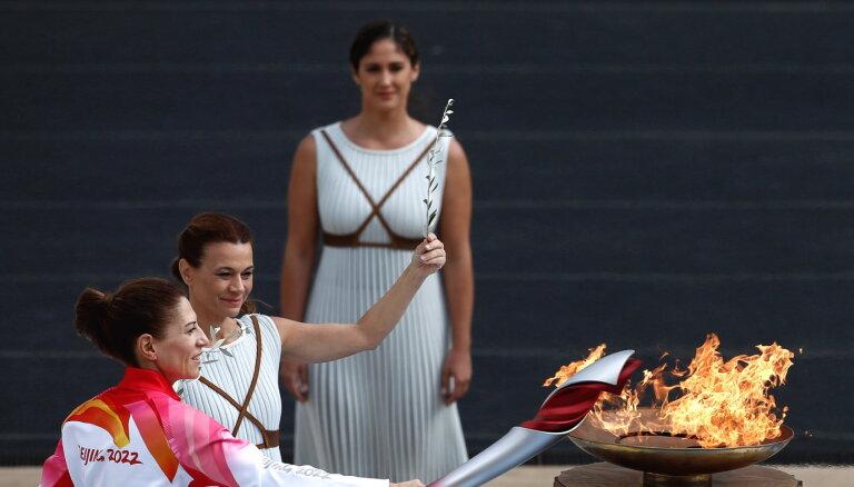 В Греции зажгли олимпийский огонь зимних Олимпийских игр-2022 в Пекине