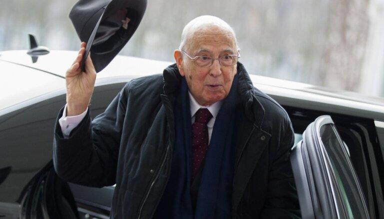 Itālijas prezidenta amatā pārvēlēts Napolitāno