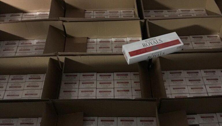 В Риге на нелегальном складе обнаружили 6 миллионов нелегальных сигарет