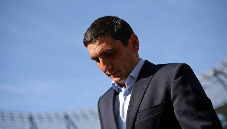 Pēc kārtējā zaudējuma amatu zaudē Vācijas bundeslīgas kluba 'VfB Stuttgart' galvenais treneris