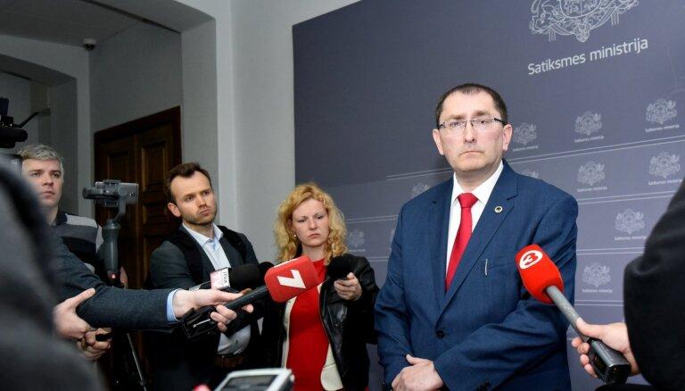 Linkaits izsaka neuzticību 'Latvijas dzelzceļa' vadībai