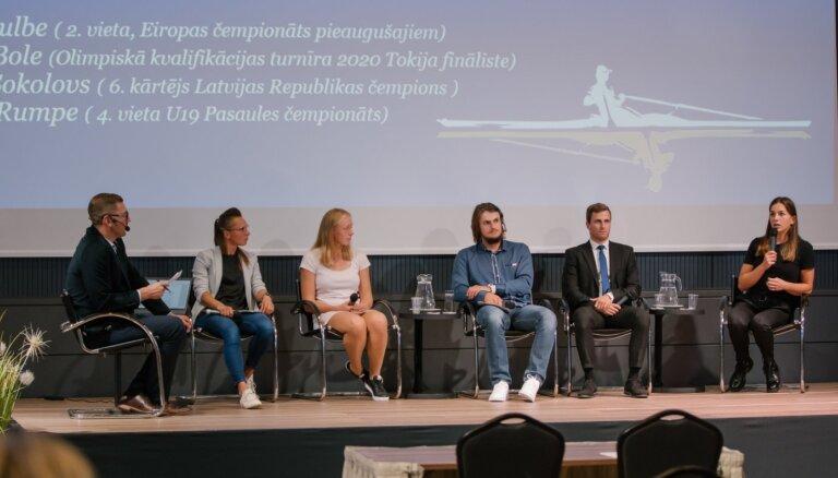 Foto: Latvijas Airēšanas federācijas kongresā diskutē par sporta veida popularitātes celšanu