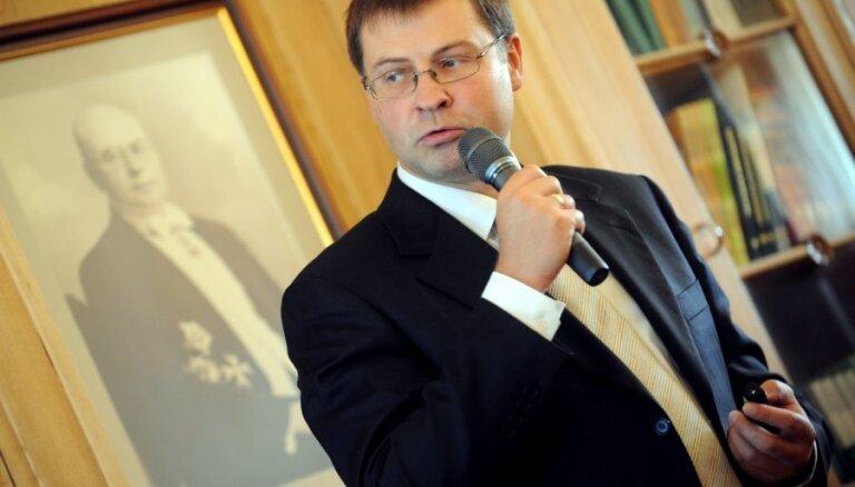 Premjers Aizkrauklē un Jēkabpilī iepazīsies ar valsts autoceļu būvniecību