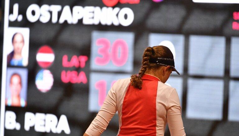 Fiasko Jūrmalā – Ostapenko neizmanto iespējas un zaudē pēc bezspēcīga otrā seta